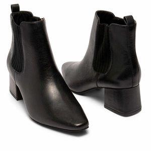Nic + Zoe Black Leather Booties Size 8.5